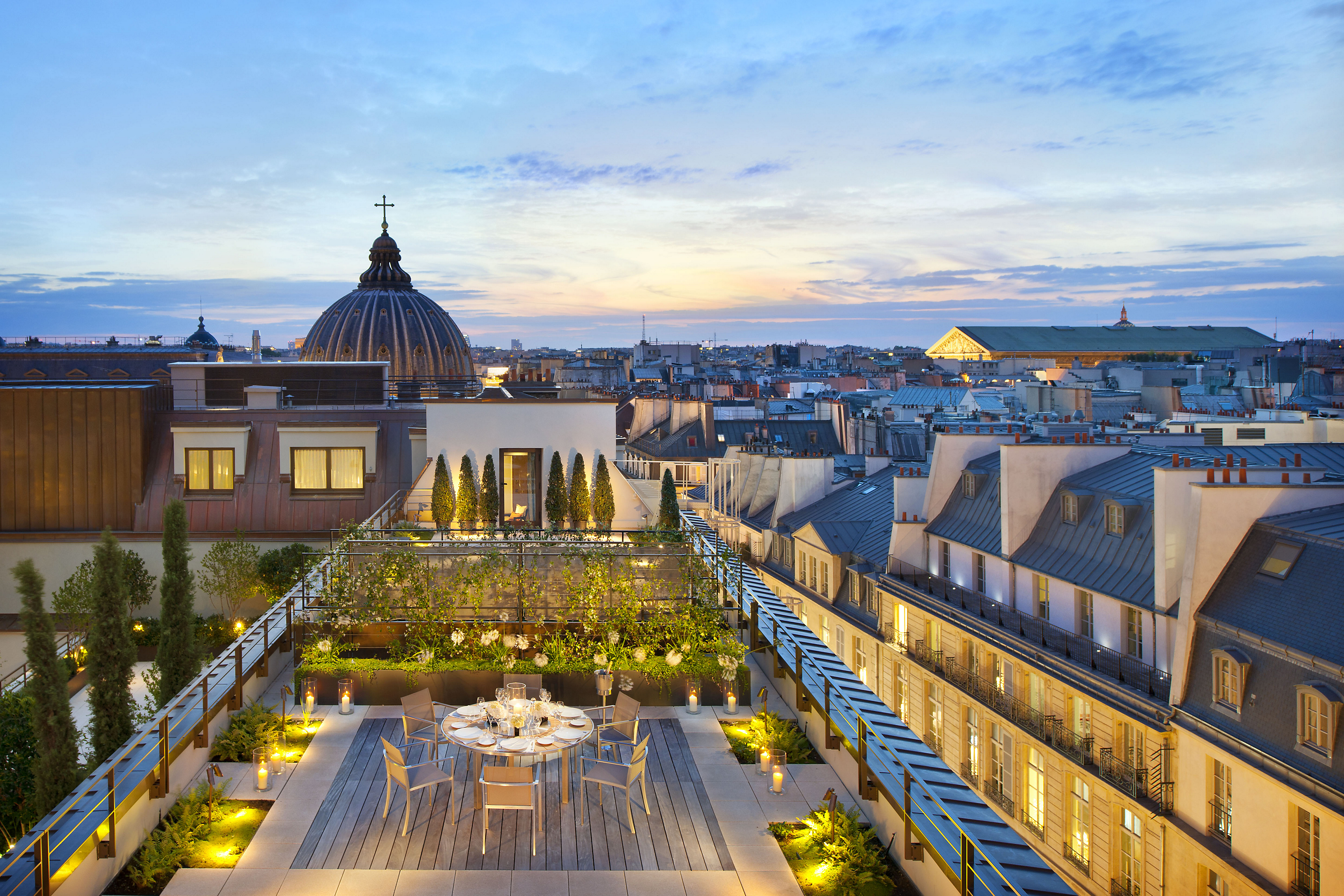paris-suite-royale-orientale-suite-terrace-2