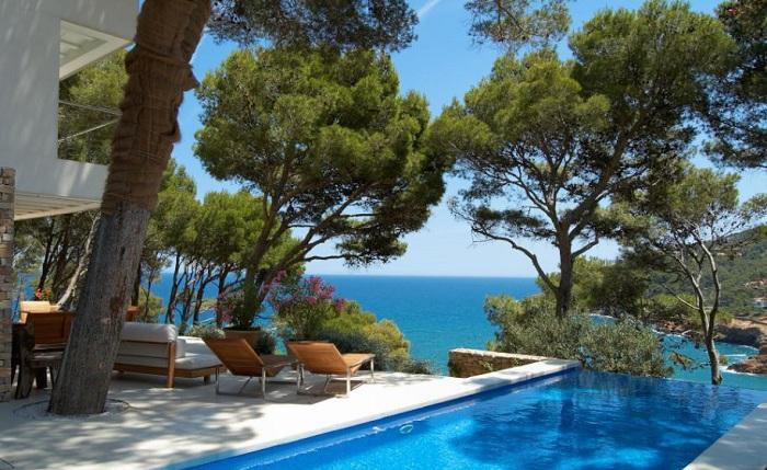 les 10 plus belles maisons de vacances de france. Black Bedroom Furniture Sets. Home Design Ideas