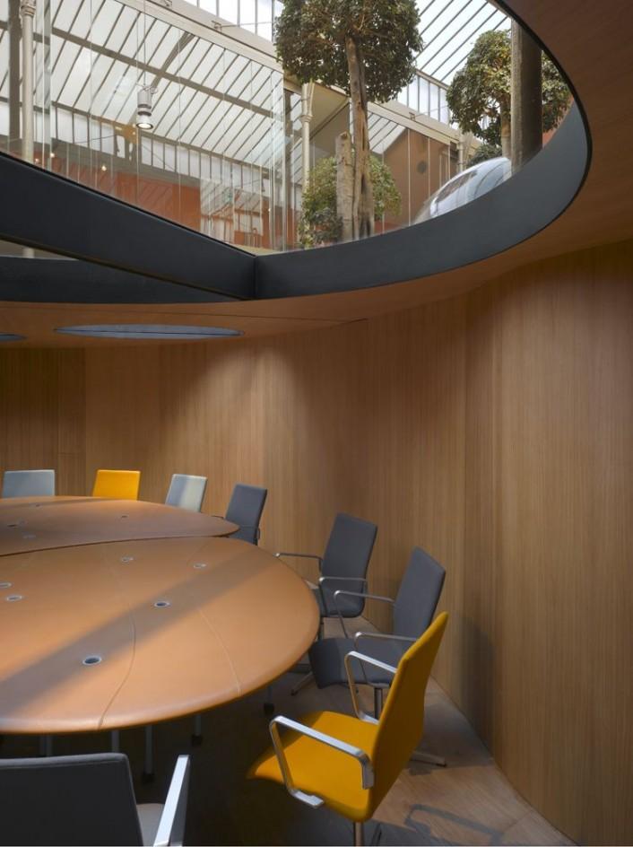 bureaux à l'honneur : PONS & HUOT Green Office vue de la salle de réunion
