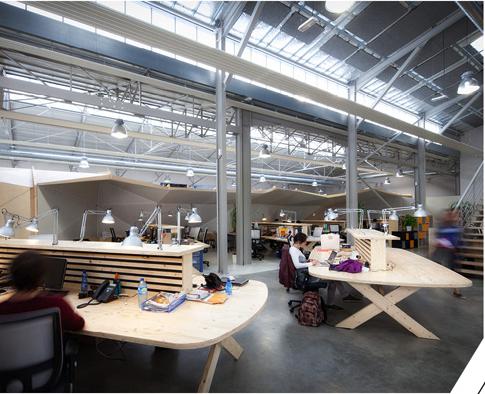 bureaux à l'honneur : surfrider foundation vue des bureaux
