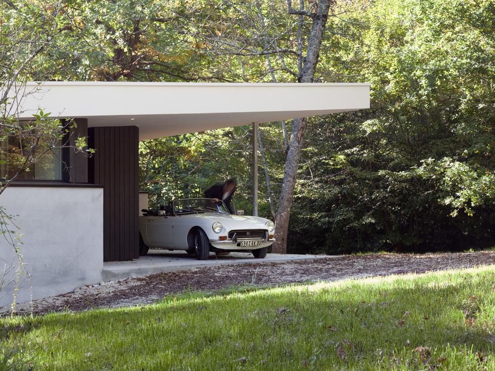 plus belles maisons : Maison des bois détail sur la voiture