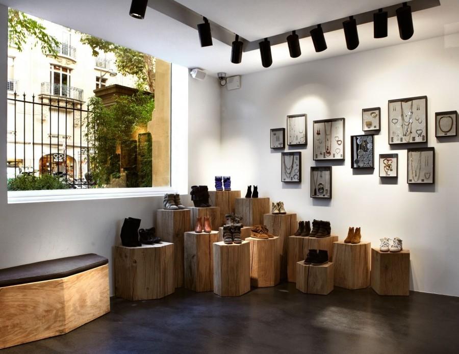 Boutique Isabel Marant, Paris détail sur les chaussures