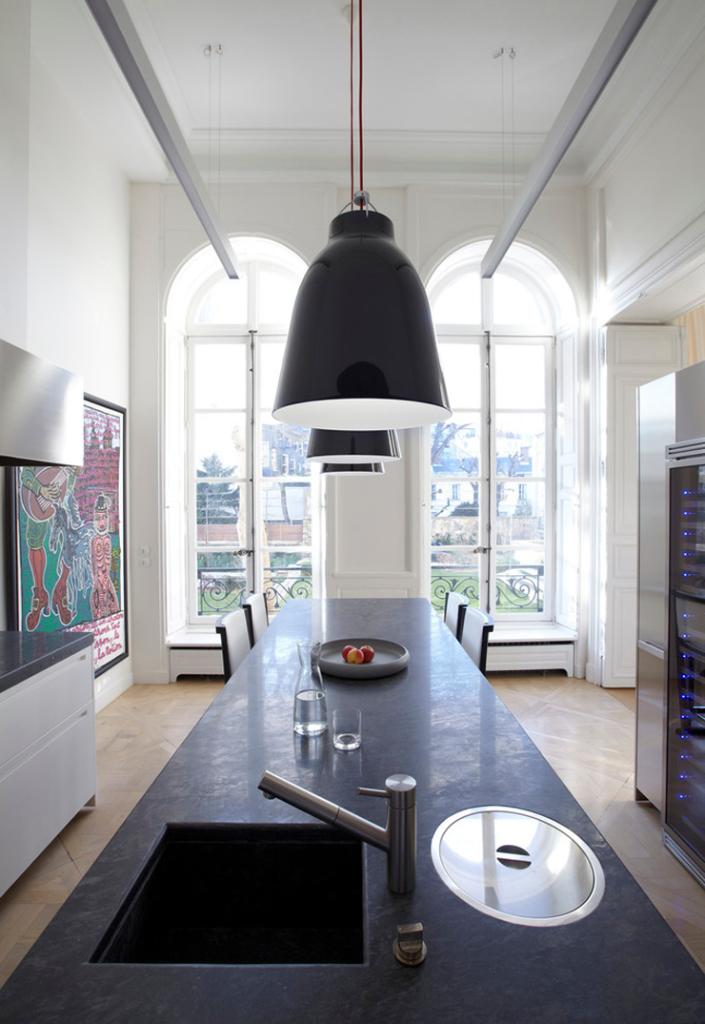 Hôtels particuliers de Paris : réalisé par Bismut & Bismut Architectes, vue de la cuisine