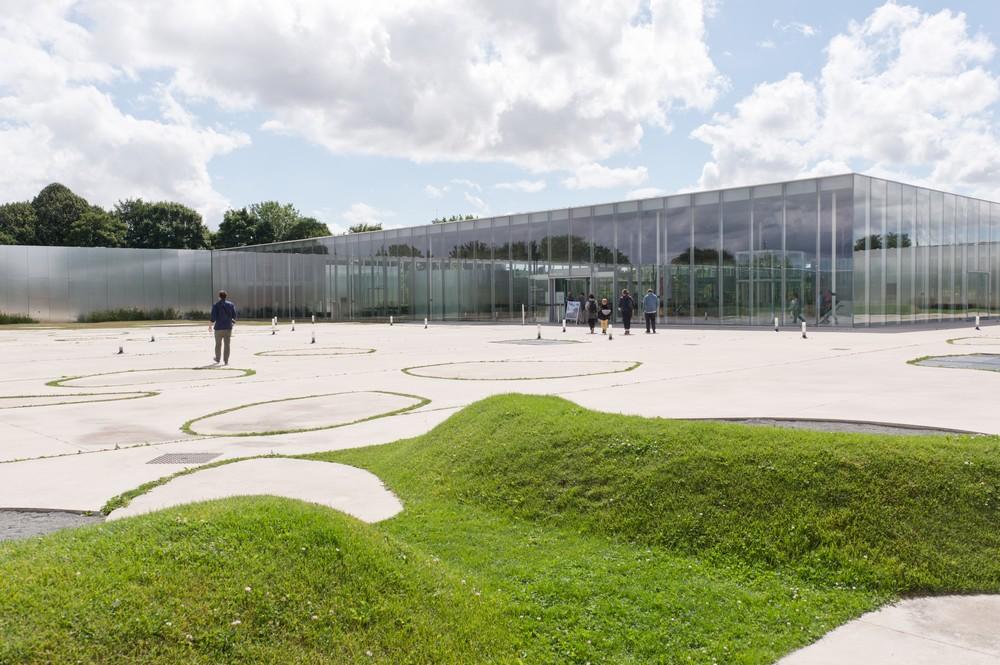 Musée_louvre_lens_extérieur_F_Iovino