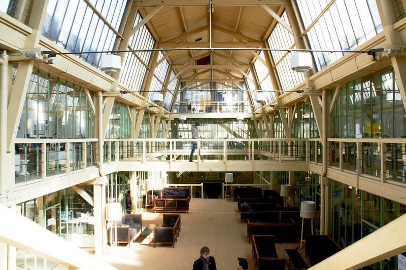 clemence_demesque_nurun_startup_coworking_industriel