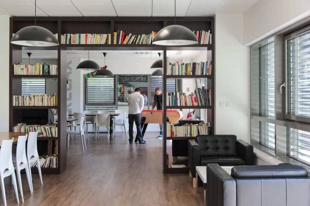 espace_repas_startup_linkbynet_bureaux